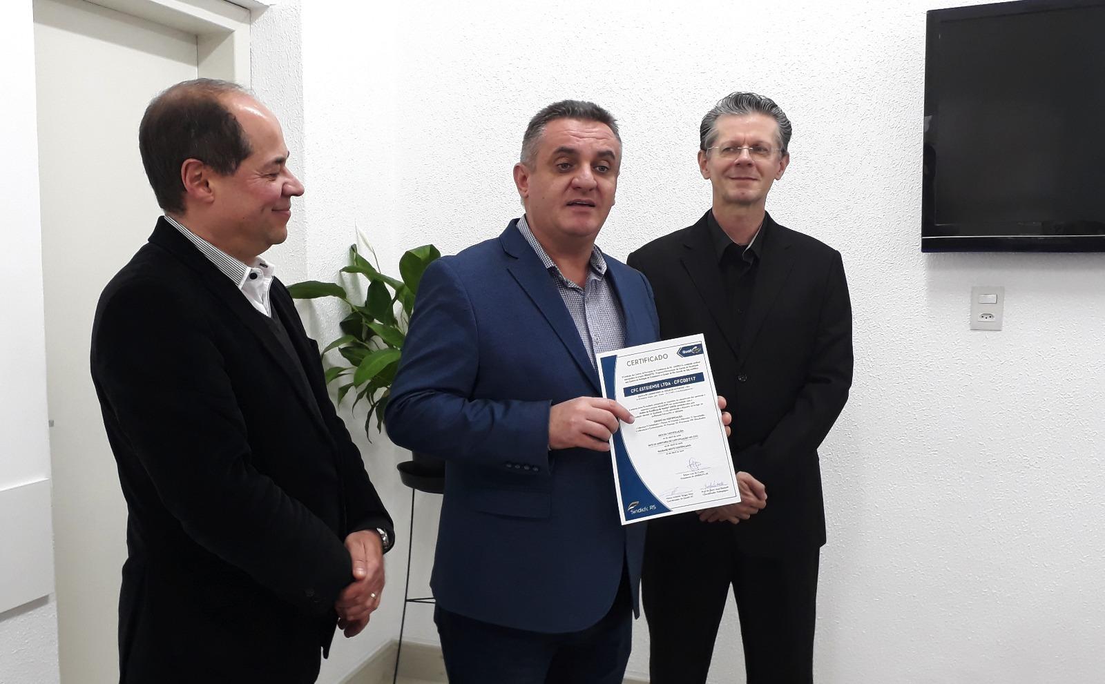 QUALICFC: Primeiros certificados de conclusão são entregues aos CFCs participantes